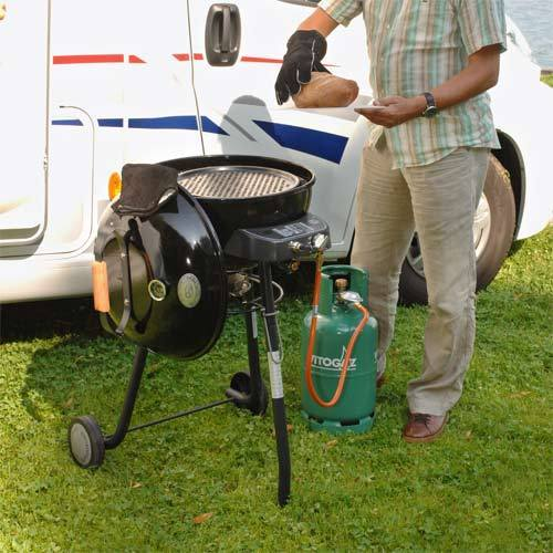 outdoorchef gaskugelgrill porto 480 in schwarz grillarena. Black Bedroom Furniture Sets. Home Design Ideas