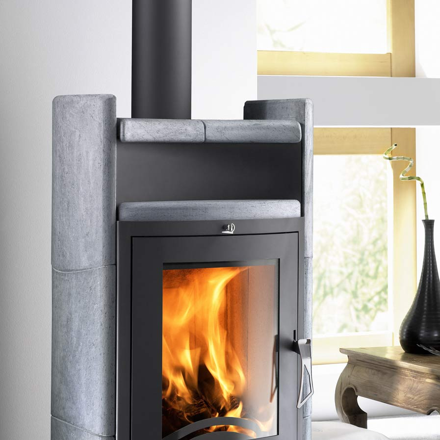 kaminofen uppsala anthrazit serpentino inkl kaminbesteck von haas sohn grillarena. Black Bedroom Furniture Sets. Home Design Ideas