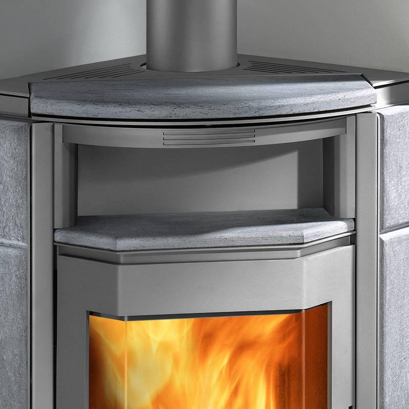 kaminofen kuopio gussgrau serpentino haas sohn inkl kaminbesteck grillarena. Black Bedroom Furniture Sets. Home Design Ideas