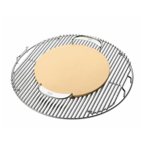 8836 weber gourmet bbq system pizzastein mit gestell grillarena. Black Bedroom Furniture Sets. Home Design Ideas