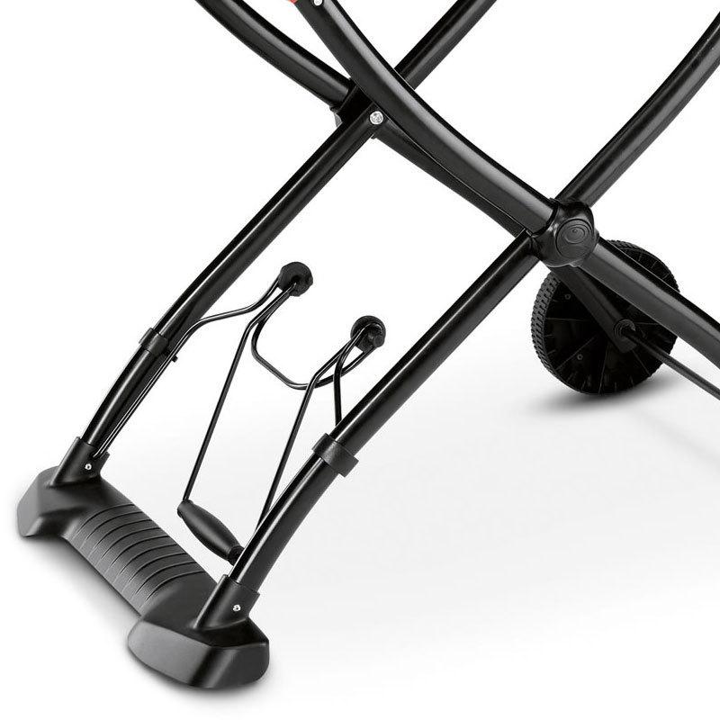weber q 1200 mobil gasgrill black line modell 2017 210279 grillarena. Black Bedroom Furniture Sets. Home Design Ideas